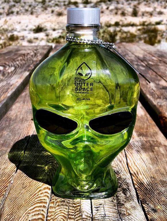 Vodka-de-ET-bem-legaus-0