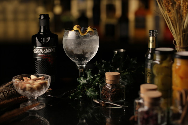 "Brockmans Launches New ""Clove Actually"" Seasonal Cocktail"