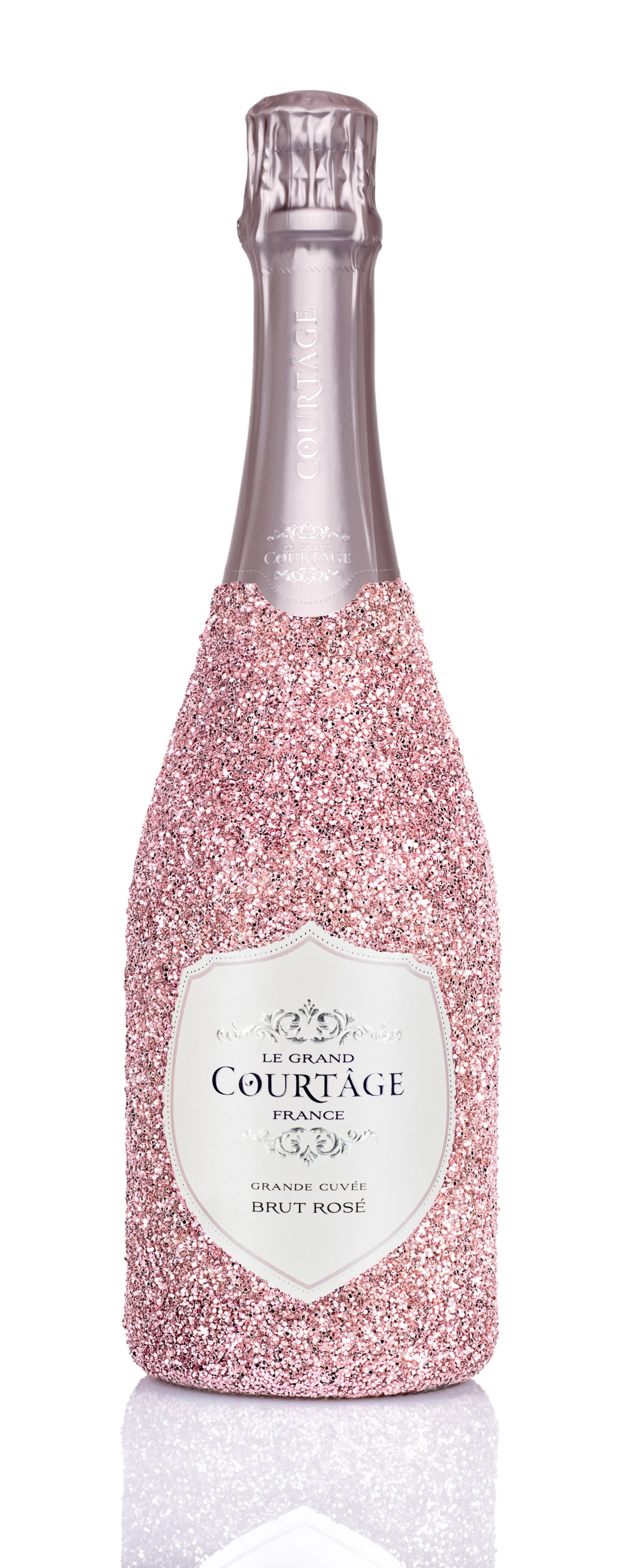 Le Grand Courtâge Releases Limited Edition Bedazzled Bottle
