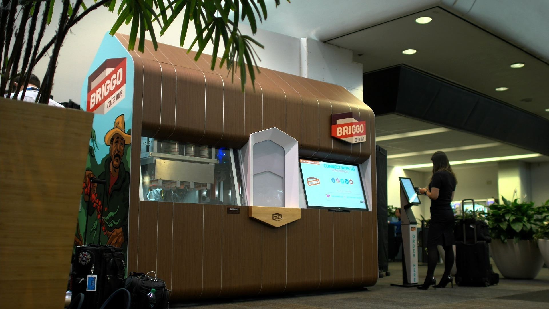 Briggo Opens Robotic Coffee Haus at SFO